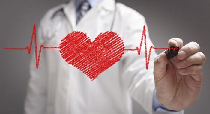 علایم و نشانه های حمله قلبی چیست؟